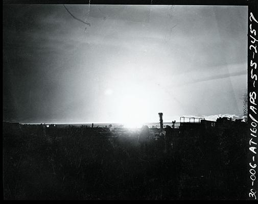 100 SUNS: MOTH/2 Kilotons/Nevada/1955